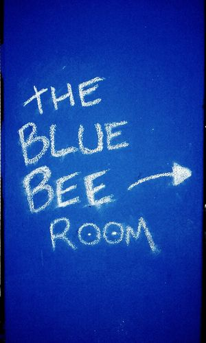 WhiteArrow No People White And Blue Chalk Text ChalkText Text The Blue Bee Room Thebluebeeroom Writings On The Wall Thewritingisonthewall Blue Bee Sign SIGN. Signs Signs_collection Signs Signs Everywhere Signs Blue And White SignsSignsAndMoreSigns Signs & More Signs Wallsign WallSigns Signs, Signs, & More Signs Sign, Sign, Everywhere A Sign Chalk SignSignEverywhereASign Notices Signboard Handwriting  Information Sign Western Script