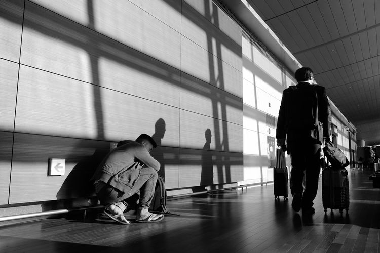 Full Length Airport People Social Issues EyeEm Best Shots Eyeemphotography Blackandwhite Photography Black And White Collection  Black And White Blacknwhite Black And White Collection  Black & White Black And White Photography Black Color