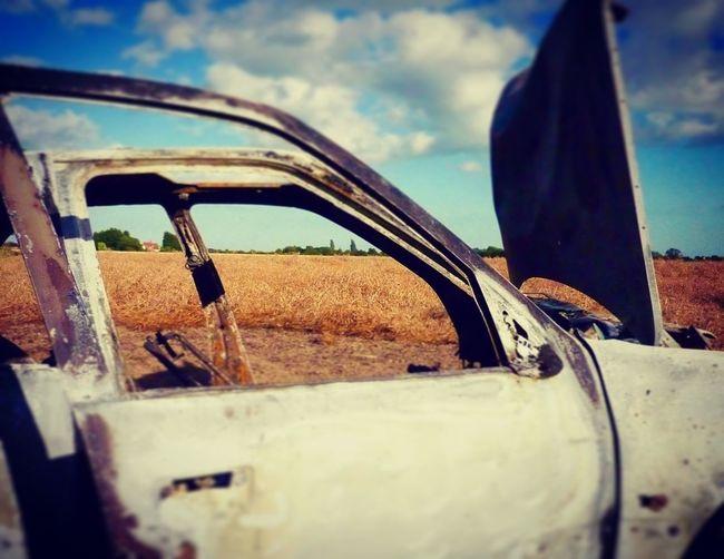Carwreck Burned Out Burned Car Wreckage Anandoned Essex Field Peugeot 307