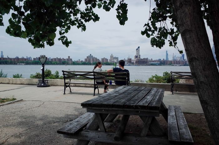 New York City NYC Brooklyn Travel Travel Photography Candid Couple Lovers Park Riverside Snapshots Of Life