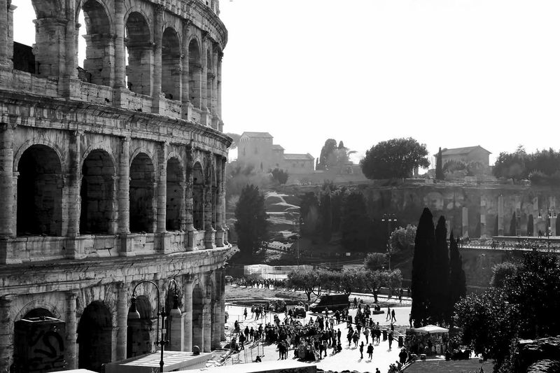 Italia Roma Rome Rome Italy🇮🇹 Rome, Italy Ancient Ancient Civilization Architecture Building Exterior Built Structure Clear Sky Day History Italy Italy❤️ Large Group Of People Nature Old Ruin Outdoors People Photography Real People Sky Travel Destinations Tree Moving Around Rome EyeEmNewHere