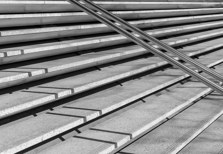 Black And White Steps And Staircases Steps Stairs Stair Minimalism Minimal Minimalistic Krull&Krull Minimalistic Railing Light And Shadow Full Frame No People In A Row Pattern Backgrounds Repetition Architecture Metal High Angle View Day Staircase Large Group Of Objects Close-up Wood - Material Still Life Side By Side Indoors  Arrangement Stack Built Structure