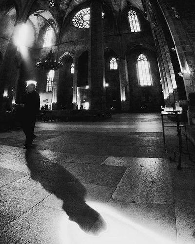 Blade of light in Catedral del mar of Barcelona Ig_asti_ Ig_catalunya Ig_biancoenero _world_in_bw Dsb_noir Eranoir Bnwitalian  Excellent_bnw Ig_worldbnw Vivobnw Igclub_bnw Loves_noir Igs_bnw Ig_contrast_bnw Master_in_bnw Top_bnw Tv_pointofview_bnw Catedral Ig_italia_ Barcellona Featuredmeinstagood Ig_bcn