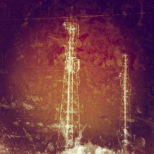 Powertower , just can't stop myself from clicking on the high voltage electricity poles. Yet another RecursiveInsanity