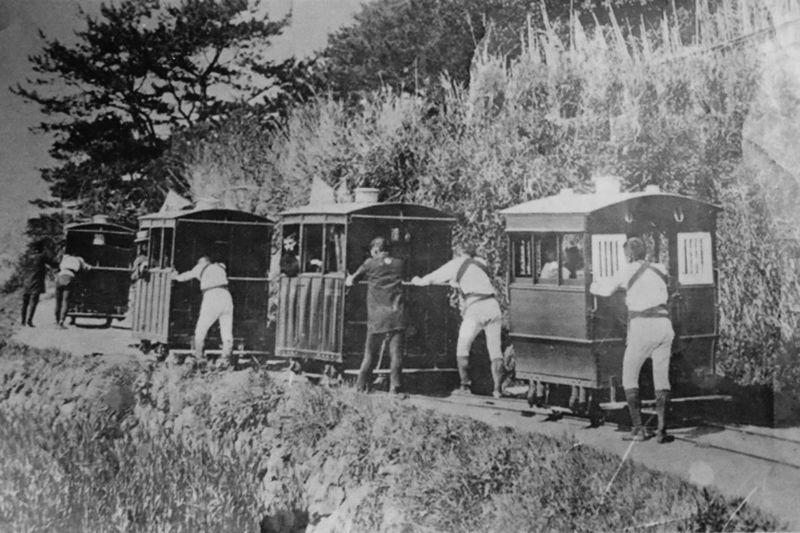 Dolly manpower railway. 1896-1906. Historical Old Photo Old Train Railroad Railroad Museum Railway Rear View The Way Forward Train Train Museum