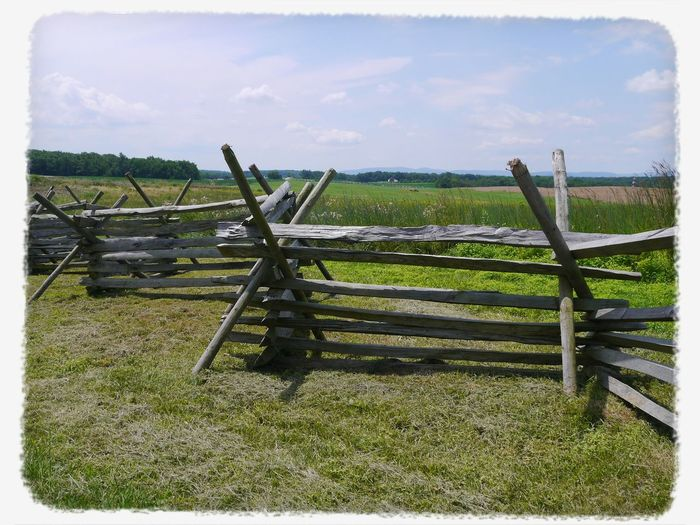 TGI Fence Post Friday found in Gettysburg last year. Eye Em Best Shots Streamzoofamily For My Friends That Connect