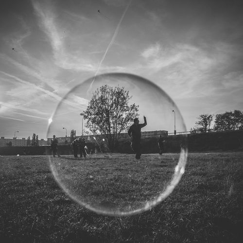 In the bubble ;) Black And White Shootermag Eye4photography  EyeEm Best Edits