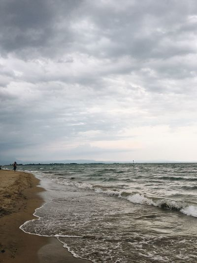 Sea Beach Horizon Over Water Sky Sand Water Nature Cloud - Sky Beauty In Nature Tranquility Scenics Tranquil Scene Wave Outdoors Standing Day One Person People Breathing Space
