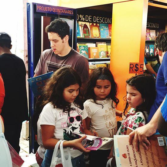 Bookslover Kidsphotography Books. Pretty Girls Book Fair in Porto Alegre Friendship Faces In Places