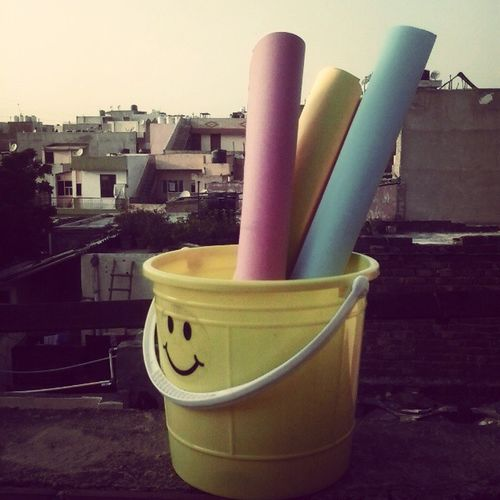 Lotsofcoler Amezing Home Sunlight Yellow Pink Blue Gettingready Beautiful Travelindia Instalove Instagramers