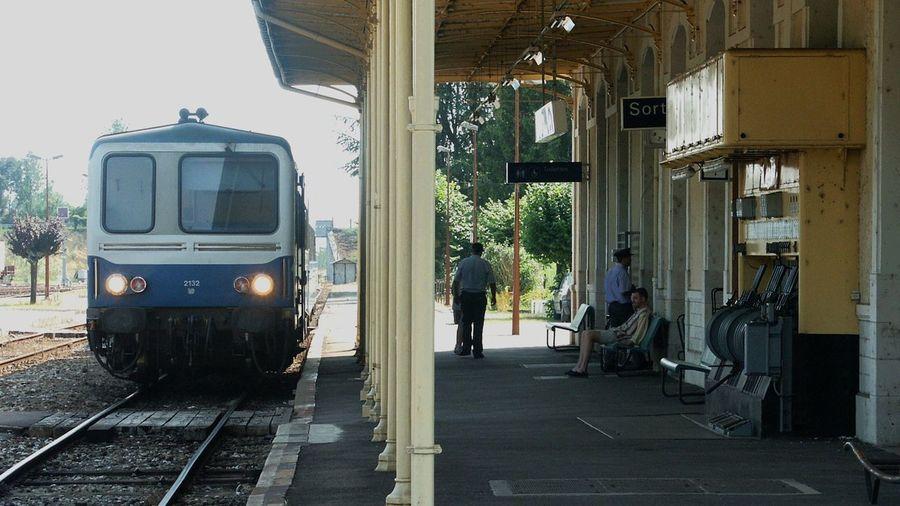 Bahnhof Eisenbahn Frankreich ♥ La France La Gare Railway Sncf Ter