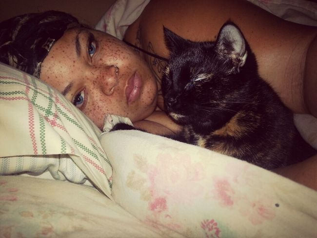 she always lay wit me at the ame time 4a.m