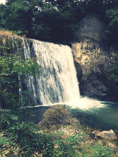 滝 Waterfall