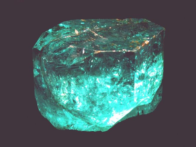 Black Background Green Color No People Planet Earth Close-up Nature Minerals Mineralspecimen Energy