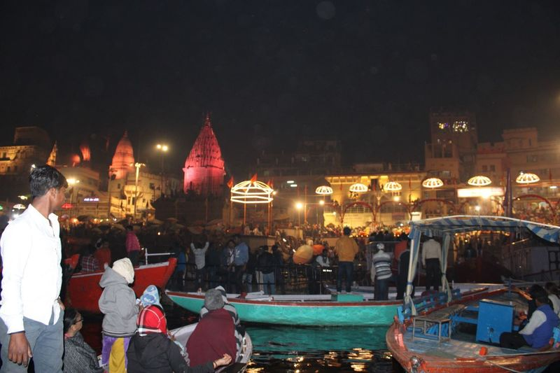 Dashashwamedh ghat Agni Pooja ceremony. Worship of fire