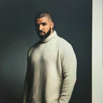 Drake  DRIZZY DRAKE Drizzy Attractive Attractiveguy Guyswithbeards Fashion Urbanstyle Urban Fashion Aesthetics Gorgeous Mixedboy Biracial Mixed Model Rapper