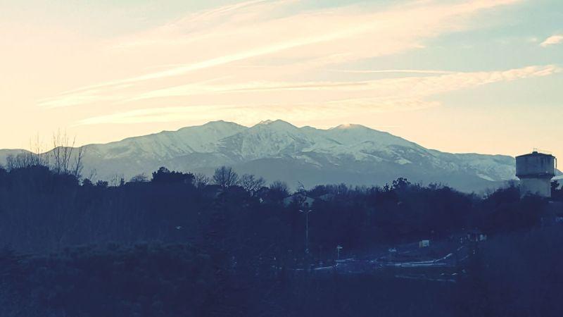 Sous un autre angle! 😍 Canigou Mountain