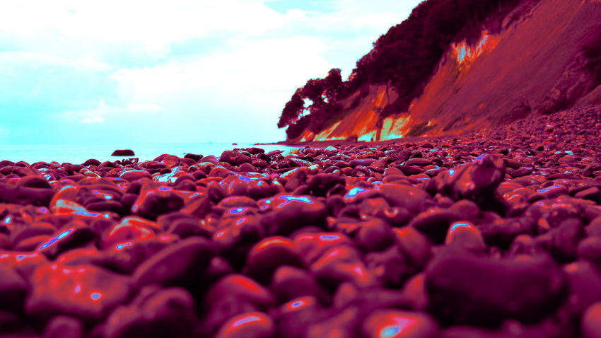Abnormal Color Collection Beauty In Nature Life On Mars Ocean View Outdoors Red And Blue Rock - Object Rocks And Water Rocky Beach Sea Stein Strand