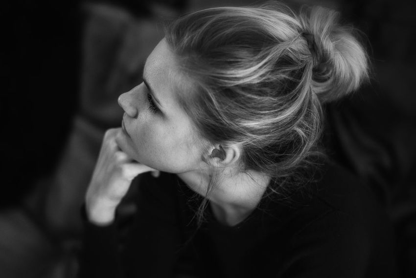 Thoughtful Adult Adults Only B & W  Beautiful Woman Beauty Blackandwhite Close-up Day Hand On Chin Headshot Indoors  Monochrome One Person One Young Woman Only People Portrait Real People Thinking Thoughtful Young Adult Young Women