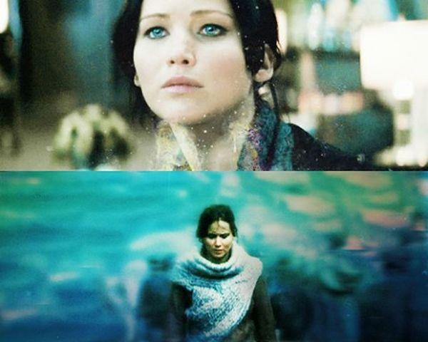 «Я нахожусь в ловушке дни, годы, может быть, целые века. Мёртвая, но не умершая. Живая, но всё равно что упокоившаяся. Такая одинокая». сойка голодныеигры голубой революция