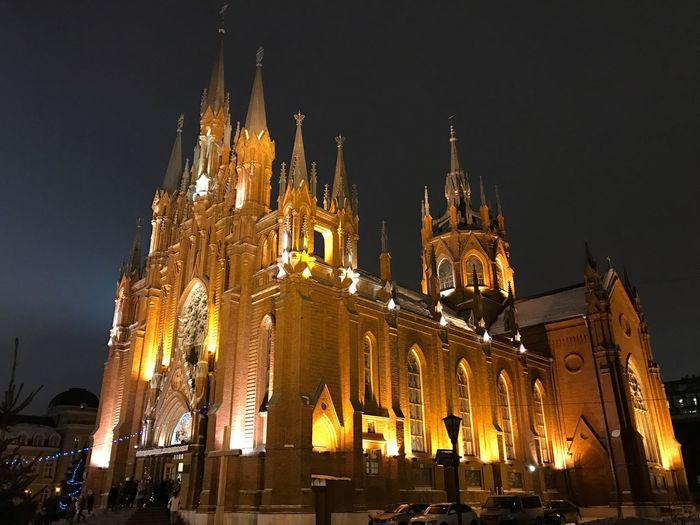 Architecture Built Structure Building Exterior Illuminated Travel Destinations Night History Tourism Religion City Low Angle View Place Of Worship Spirituality Outdoors Sky Real People Cultures Church Catolic Church