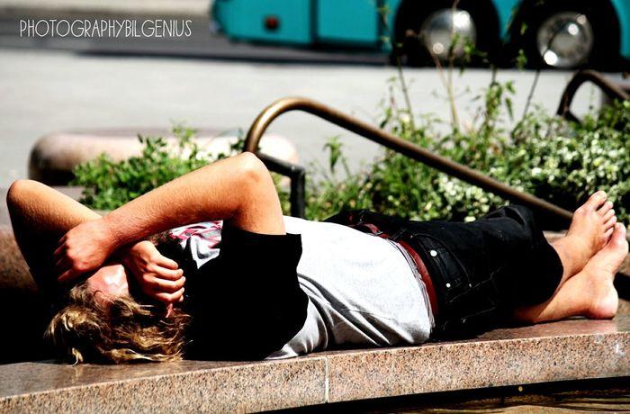 Relax❤️ Relaxing Moments Sleeping Beauty Sleeping Time Hello World Communication HelloEyeEm Creativity City Streets  Berliner Ansichten Sleeping Schlummimodus Schlummern Feierabend-Besucher Feierabend An Unserem Anleger Germany Photos Love To Take Photos ❤ First Eyeem Photo