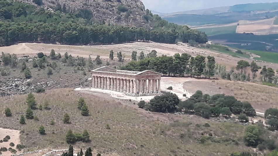 Temple Temple Ruins Greek Mythology Greek History Segesta Ancient Civilization Tree Mountain Ancient Old Ruin History Place Of Worship Architecture Built Structure Landscape Archaeology Ancient History Mountain Range Civilization Tomb Mausoleum