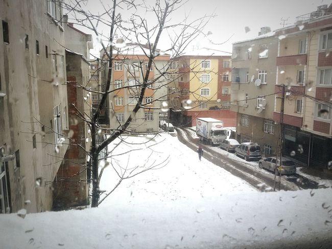 Turkey Istanbul Yüzyıl Snow Kar How's The Weather Today? Today اسطنبول تركيا ثلج