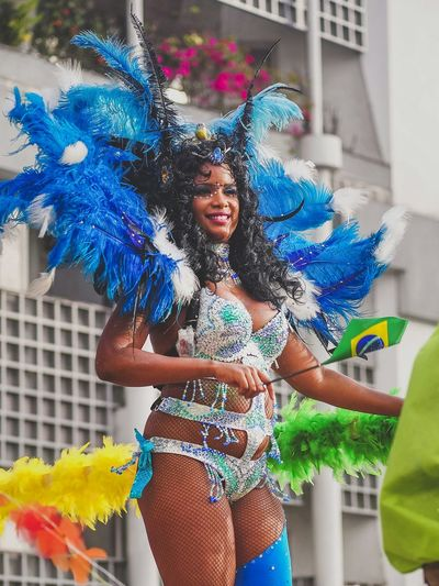 Lundi gras - Brasilian Dancer Martinique Colors Of Carnival Carnival Streetphotography Street Fun Caribbean Eeyem Photography Brasil Samba Carnival Outfit