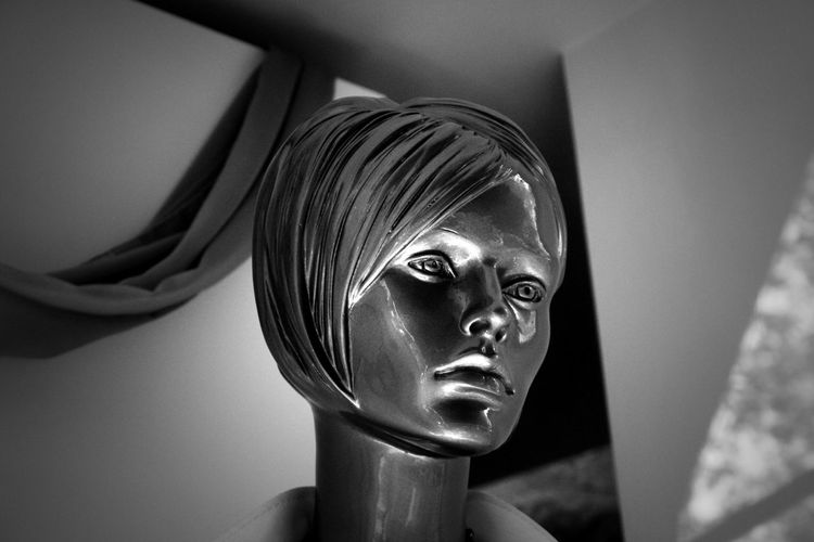 Beautiful Black & White Black And White Blackandwhite BYOPaper! Close-up Cropped Day Detail From My Point Of View Headshot Human Representation Indoors  Manequin Mannequin Minimal Minimalism Minimalist No People Part Of Perspective Portrait Silver  Simplicity The Portraitist - 2017 EyeEm Awards