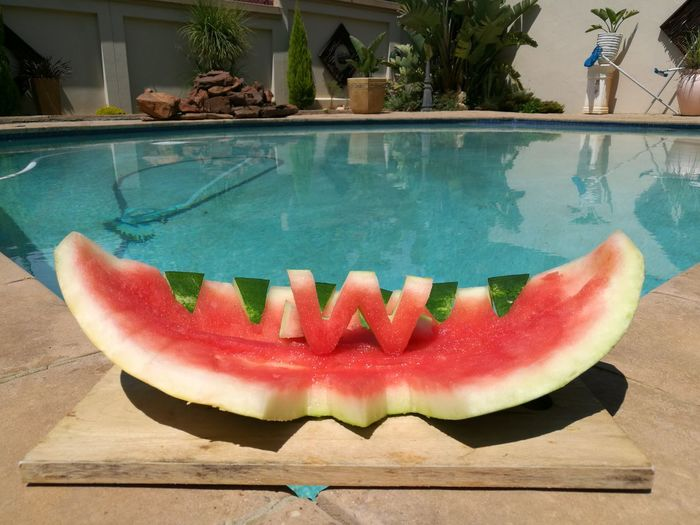 Swimming Pool Water Fruit Healthy Eating Texture Chopping Board Healthy Natural Watermelon Tone Knife Green Tropical Natural Tone Ready-to-eat Freshness Garnish HuaweiP9Photography HuaweiP9 Arrangement Food Multi Colored No People Table Uniqueness