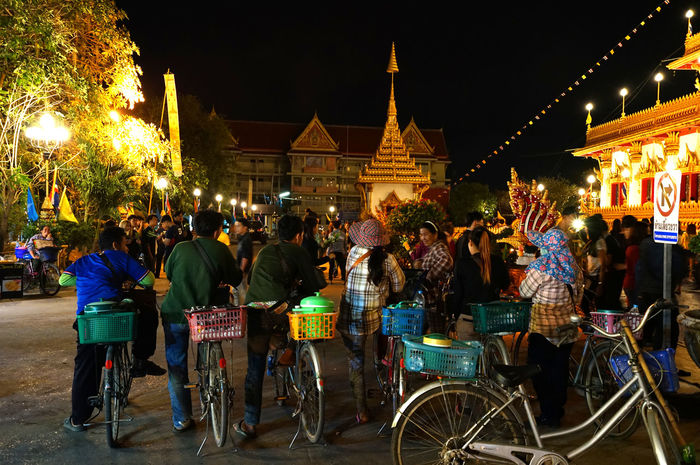 Bicycles Khonkaen Lottery Seller Market Night People Religious  Street Peddler Superstition  Temple