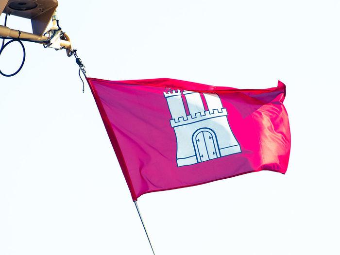Hamburg Flag Flag Flag In The Wind Fluttering Hamburg Hamburg Flag Hamburg Flagge Red Wind