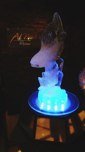 First time seeing an ice sculpture☻ Alwaharestraunt Gulf Hotel