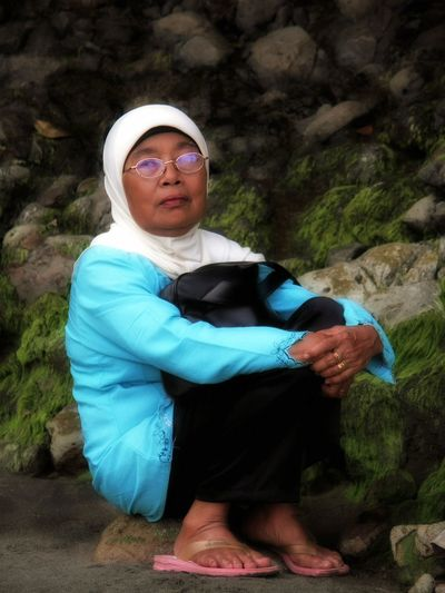 Mother in law died 2 years ago Love ♥ NeverForget Motherinlaw Bestoftheday INDONESIA Jakarta Culture And Tradition Gombong Adult Adults Only Senior Adult People Full Length One Person Only Women Nature Outdoors One Woman Only Day