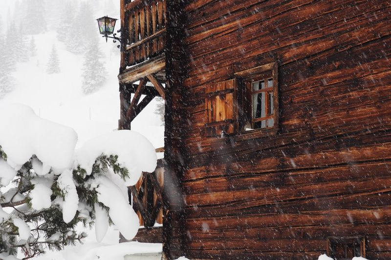 Architecture Cold Temperature Winter Built Structure Snow Wood - Material Building Exterior Building Day Nature White Color High Angle View Outdoors Beauty In Nature House Switzerland Old Buildings Historic Winter Wood House Mountain View Mountains Europe Travel Destinations Window