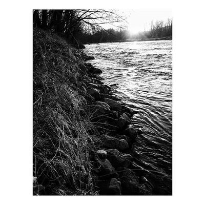 Morning Light 🌄 . . . . . Darkside Monochrome Bnw Bnw_life Nature Landscape Portrait Prints River Sunrise Earlymorning  Newhampshire Newengland Society6 Mobilephotography Iphonography Work Riverside Wanderlust Backpacking Woods WoodLand Goodmorning Countryside Town winter light transformationtuesday adventure naturewalk