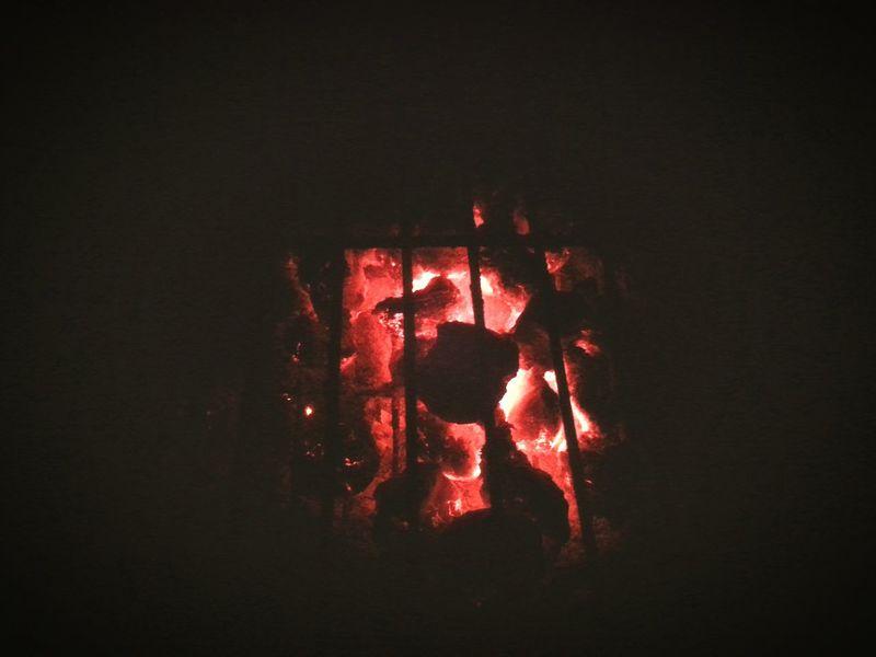 OpenEdit Burning Coals Closeupshot