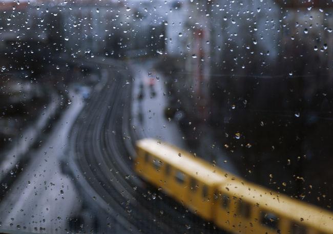 Schlesisches Tor Battle Of The Cities City Glass Nostalgia Nostalgie Rain Schlesisches Tor Subway U-Bahn