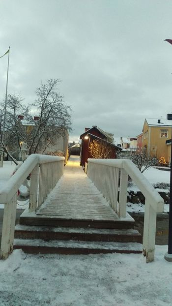 It's Cold Outside Söderköping Cityscape Snow Covered River View Tourism Northern Europe Scandia Scandinavia Sweden Wintertime Sverige Cold Snow ❄ Snow Winter