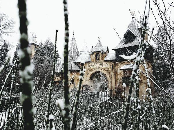 Chateaux Feerique Magic Castle Secret
