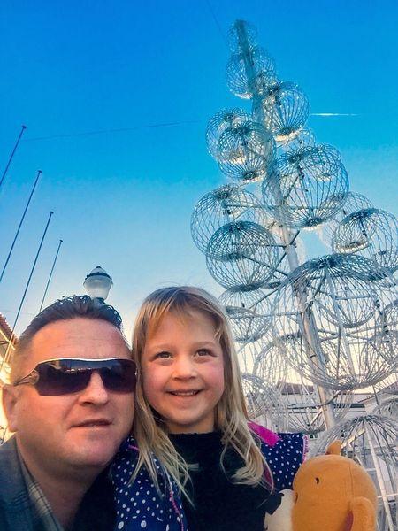 Selfie ✌ Self Portrait Portugal Cristmas Father & Son Byutiful Hija Paseo Calle Alegría Fiesta Arbol De Navidad