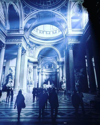 Pantheon Lightining Sun EyeEm Best Shots Bestoftheday Photooftheday Paris Architecture Built Structure Indoors  Place Of Worship Illuminated Religion Belief