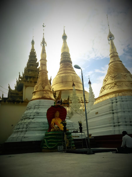 Getting Inspired Shwedagon Pagoda Peace And Quiet Relaxing 📷✌