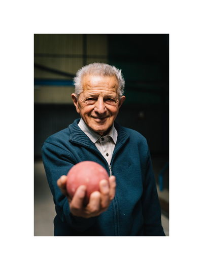 Just some portraits of a couple of fireinds. Talking about old time. Human Hand Portrait Men Smiling Males  Happiness Gray Hair