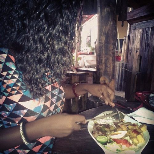 When food calls....you obey... My twinny doing her thing... Lovehertodeath