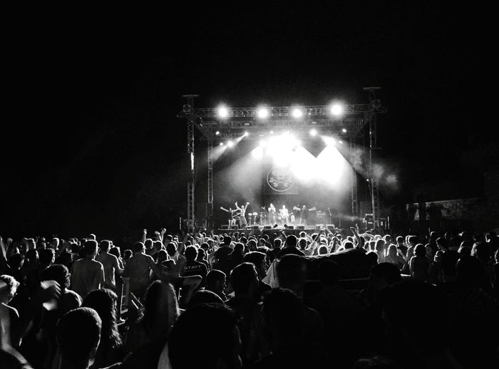 Day 364 - 🇪🇸 concert Valls SPAIN Monochrome Photography Saint Joan Concert Blackandwhite Crowd 365project 365florianmski Day364