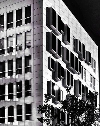 B U I L D I N G Nikonfr NikonD5500 Igersfrance Igersmarseille Marseillerebelle Marseillecartepostale Ohprovence Street Urban Blackandwhite Bnw_fanatics Bnw_society Bnw_life Bnw_captures Bnw Dxo Bnw_marseille  All_bnwshots Igm_marseillejetaime Ig_worldclub Ig_europe Ig_great_pics Architecture Archilovers Architecturelovers architectureporn archidaily topfrancephoto jaimelafrance