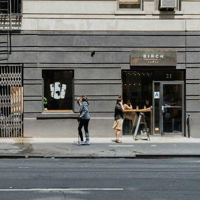 Women on the SidewalkAcross near @birchcoffee Streetphotography 50mm Urban NYC