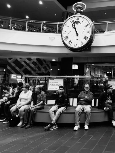 Under the clock Melbourne Central Australia Melbournephotos Streetphoto_bw Relaxing Streetphotos Seemelbourne Streetofmelbourne Streetphotography Open Edit